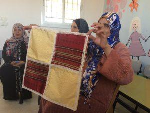 Skötbord och skötväskor, dukar och pynt kan säljas i Bethlehem och skapar arbetstillfällen för kvinnorna.