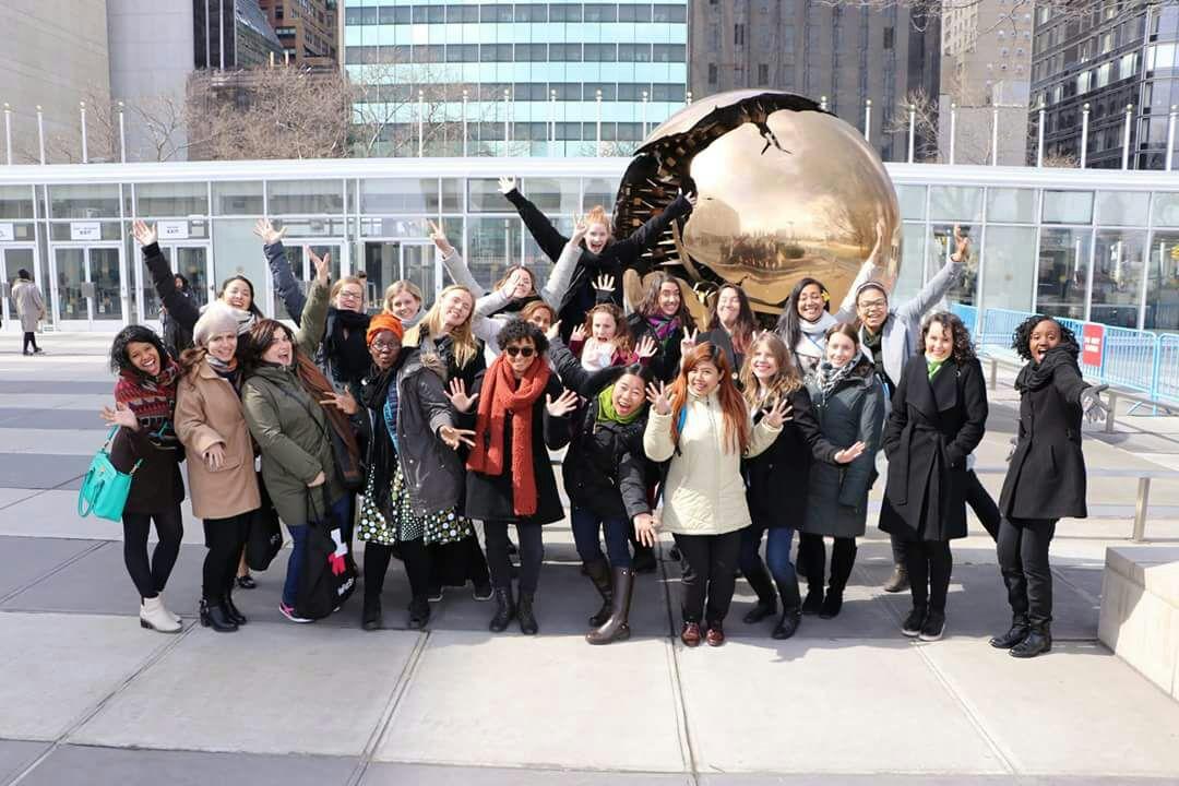 Mänskliga Rättigheter är Unga Kvinnors Rättigheter